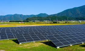 太陽光発電の用地に適した土地とは?特徴・条件やメリット