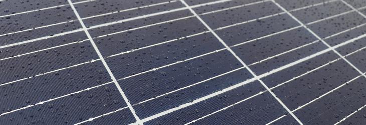 定期的な洗浄やメンテナンスは必要?太陽光パネルの正しい掃除方法(まとめ)