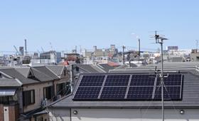 太陽光発電の耐用年数は何年?