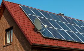家庭用太陽光発電の仕組みって?売電収入や価格について解説