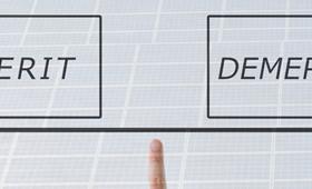 産業用太陽光発電とは?住宅用との違いやメリット、デメリットを解説!